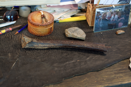 The femur of a 45,000 year-old male found near the settement of Ust'-Ishim in Sibera. (Credit: Bence Viola, MPI EVA)
