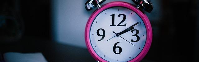 alarm-clock-1845269_640